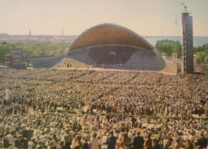 Estonians sing for their lives, 1989