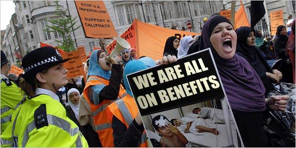 muslim-terrorists-wives-welfare-benefits1[1]