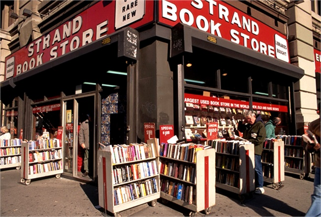 the-strand-book-store-da-vogue.it-51898_0x440[1]
